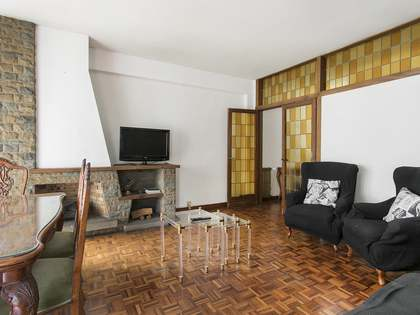 120 m² apartment for sale in Les Corts, Barcelona
