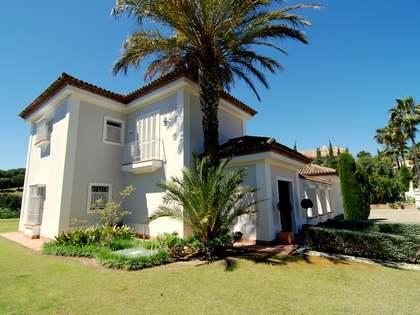 Villa tradicional en venta en Sotogrande Alto
