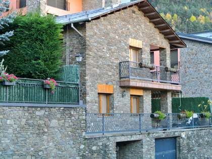 Huis / Villa van 285m² te koop in Andorra la Vella, Andorra