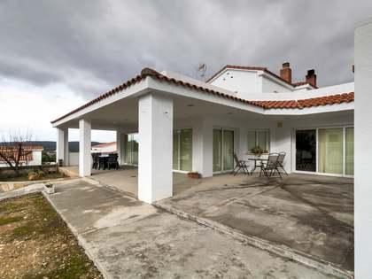 Casa / Vila de 490m² with 1,140m² Jardim à venda em Urb. de Llevant