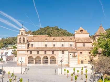 Huis / Villa van 628m² te koop in Centro / Malagueta