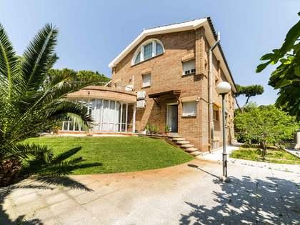 Casa / Villa de 739m² con 978m² de jardín en venta en La Pineda