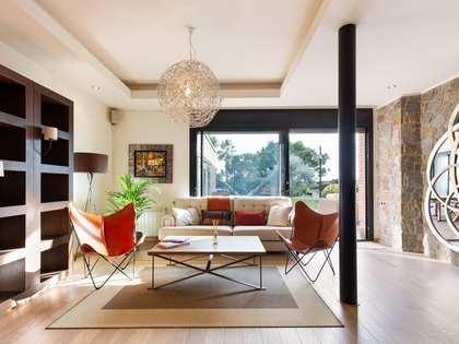 Maison / Villa de 332m² a vendre à La Pineda, Barcelona