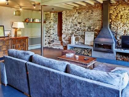 325m² House / Villa for sale in Pontevedra, Galicia
