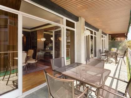 Квартира 174m², 34m² террасa на продажу в Туро Парк