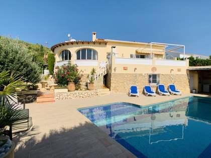 Maison / Villa de 200m² a vendre à Finestrat, Alicante