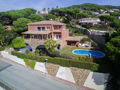 531 m² house for sale in Cabrils, Maresme
