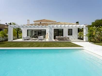 Villa de 364 m² con 100 m² de terraza en venta en Guadalmina