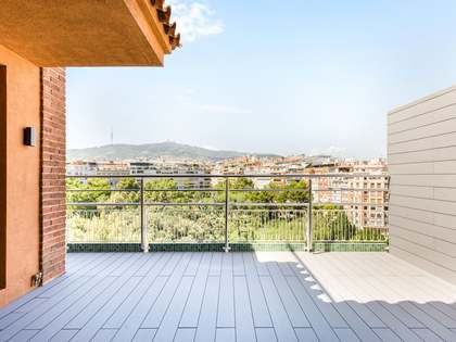 181m² Penthouse with 20m² terrace for rent in Turó Park