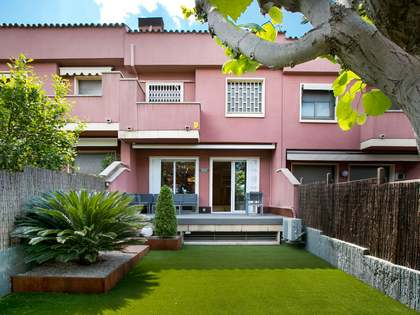 267m² House / Villa for rent in Alella, Barcelona