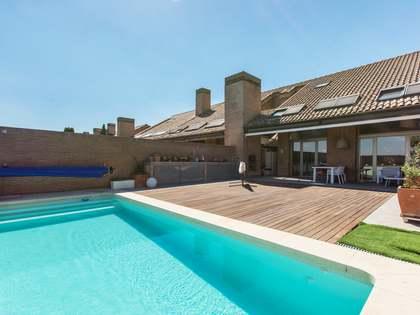 Дом / Вилла 534m² на продажу в Посуэло, Мадрид