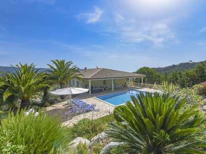 Huis / Villa van 695m² te koop in Santa Cristina
