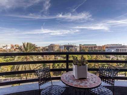 Piso de 303m² en venta en Gran Vía, Valencia