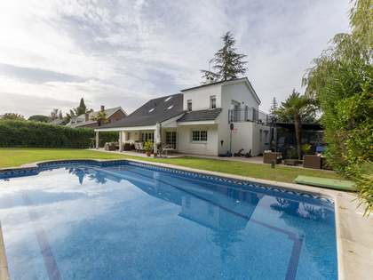 Huis / Villa van 370m² te koop in Pozuelo, Madrid