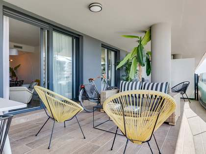 115m² Apartment with 28m² terrace for sale in Badalona
