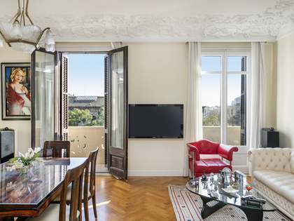 163m² Apartment for sale in Eixample Left, Barcelona