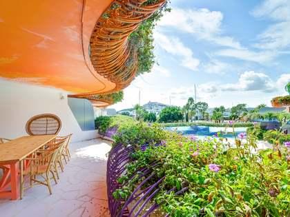 Piso de 3 dormitorios en venta en Marina Botafoch, Ibiza