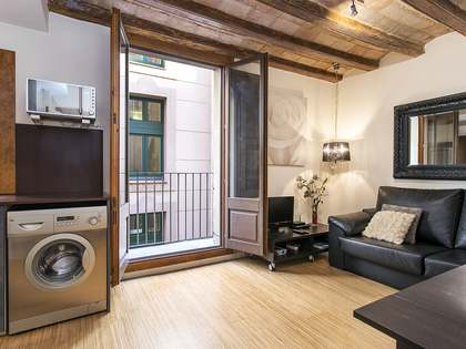 Charming 1-bedroom apartment for sale in El Raval, Barcelona