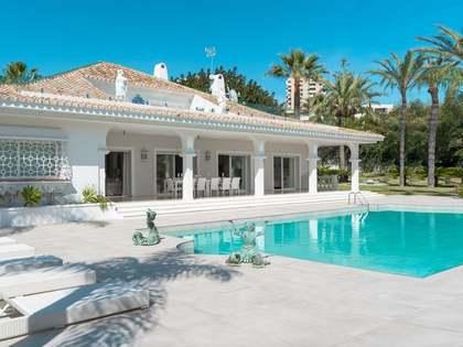 Casa / Vil·la de 1,200m² en venda a Nueva Andalucía