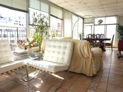 129m² penthouse with 45m² terrace for sale in Sant Francesc