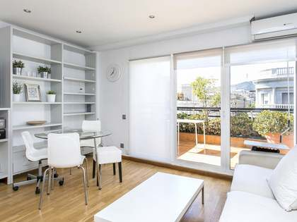 Modern penthouse to rent in the heart of Galvany, Barcelona