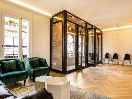 128 m² apartment with a terrace for sale in Eixample Left