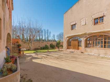 Casa di campagna di 986m² con giardino di 1,000m² in vendita a Alt Emporda