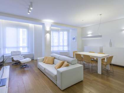 180 m² luxury designer apartment to rent on Calle Colón