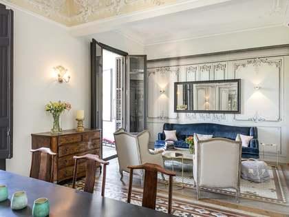 Elegante piso modernista de 185m² en alquiler en el Eixample