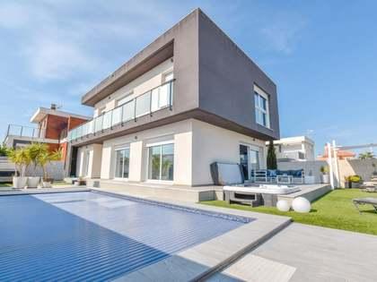 Huis / Villa van 206m² te koop in Alicante ciudad, Alicante