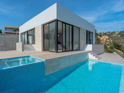 312m² House / Villa for sale in Platja d'Aro, Costa Brava