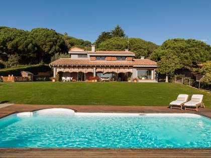 Fantastic Mediterranean villa for sale in Cabrera de Mar