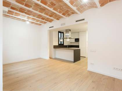 74m² Apartment for sale in Poble Sec, Barcelona