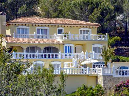 350 m² villa for sale in Denia, Costa Blanca