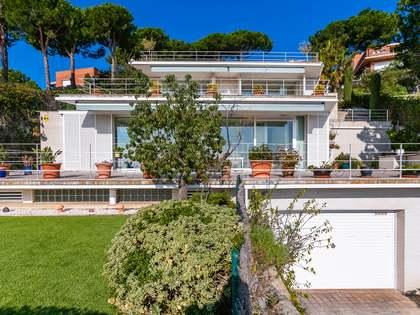 Huis / Villa van 467m² te koop in Teià, Maresme