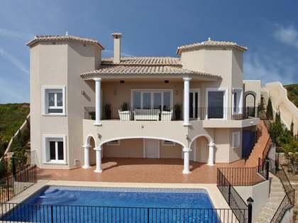 362m² Hus/Villa med 28m² Trädgård till salu i Cumbre del Sol