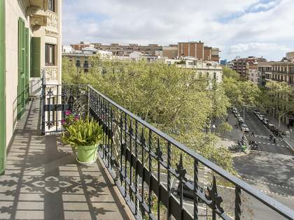 185 m² apartment for rent in Eixample Right, Barcelona