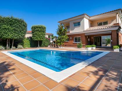 549m² House / Villa for sale in Teià, Barcelona