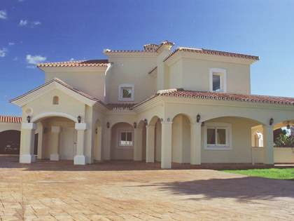 6 bed luxury villa for sale, Guadalmina Baja, Marbella
