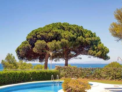 Villa de 6 52m² en venta en Urb. de Llevant