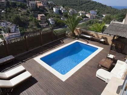 Huis / Villa van 323m² te koop in Levantina, Sitges