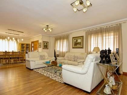 Casa / Vil·la de 270m² en venda a Alicante ciudad, Alicante