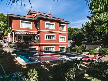 Villa con piscina en alquiler en Campolivar, Valencia