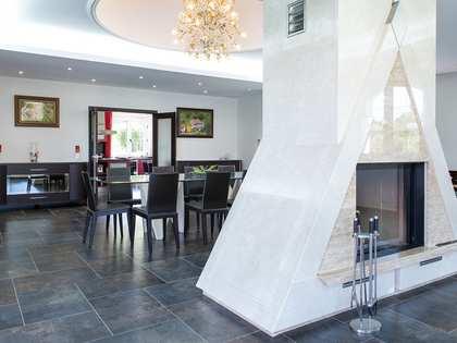 Villa de 883 m² en venta en Ourense, Galicia