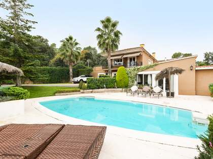 369m² Haus / Villa zum Verkauf in Sant Cugat, Barcelona