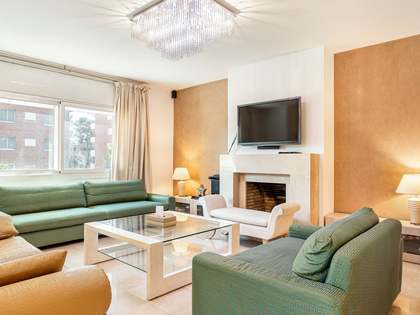 217m² Apartment with 34m² terrace for sale in Pedralbes