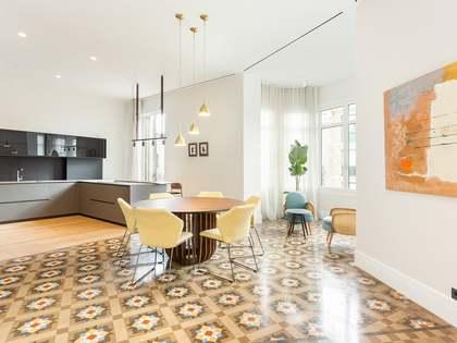 appartamento di 218m² in vendita a Eixample Destro