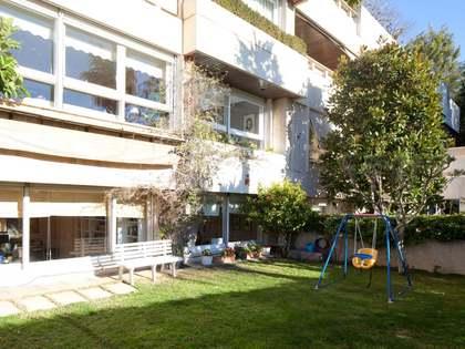 Appartement van 280m² te koop met 80m² Tuin in Pedralbes