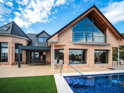 536m² House / Villa for sale in Calafell, Tarragona