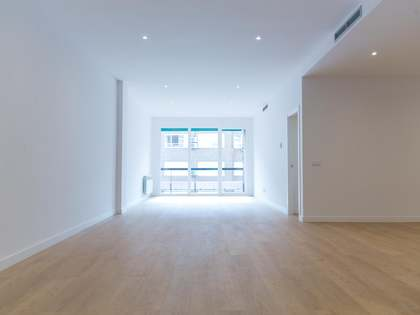 210m² apartment for sale in Almagro, Madrid
